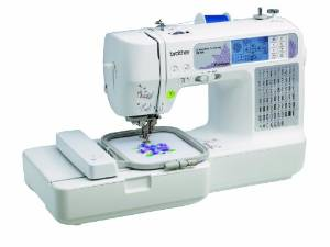 Combination SE400 Embroidery Machine
