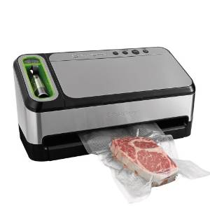 FoodSaver's 2-in-14840 Vacuum Sealing System