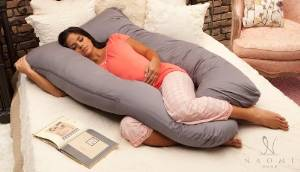 Naomi's Home Cozy Body Maternity Pillow