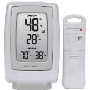AcuRite 00611A3 Outdoor Indoor Wireless Thermometer